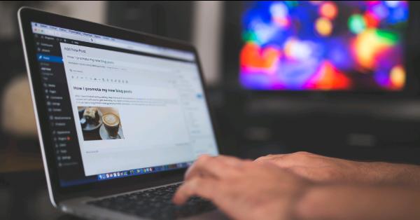 Blogger typing